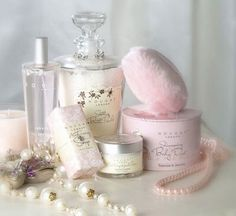 New Diy Makeup Vanity Vintage Girl Rooms Ideas Aesthetic Vintage, Pink Aesthetic, Parfum Victoria's Secret, Princess Aesthetic, Just Girly Things, Powder Puff, Everything Pink, My Favorite Color, Girly Girl