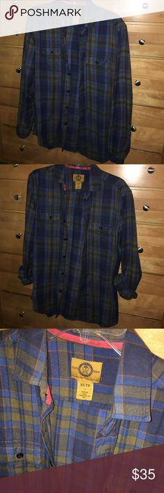 Stapleford Urban Outfitters tan/blue plaid flannel Stapleford - Urban Outfitters size can - tan/blue/orange plaid flannel. Extremely comfortable. 100% Cotton. Any questions - feel free to leave a comment below. Urban Outfitters Shirts Casual Button Down Shirts