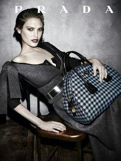 Checkered print over-sized  handbag I Prada fall 2013 campaign #bag
