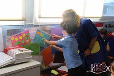 """En 1º#PrimariaISP aprenden de forma innovadora y divertida participando en el proyecto """"Comeletras""""  www.colegiosisp.com"""
