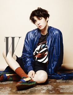 "Ahn Jae Hyun Will Be ""Closer"" To W Readers With August Feature (UPDATED) 
