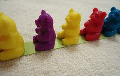 To the Lesson!: Bears in a Line-- clever way to teach lining up