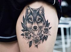 Hermoso Lobo entre Flores por Kristi Walls