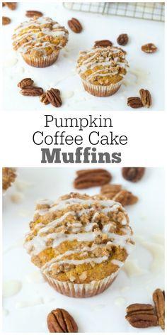 Pumpkin Coffee Cake Muffins : perfect fall breakfast recipe!