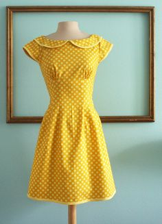 SALE - was 140 - peter pan collar dress with cap sleeves in Yellow polka dot - empire waist dress - MARIE Style Vintage Outfits, Vintage Dresses, Vintage Fashion, Retro Mode, Vintage Mode, Retro Vintage, Dot Dress, Dress Up, Sunny Dress