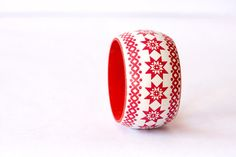 Tribal Wooden Bangle in Red and White Red par BeauMiracleJewelry, $21.00