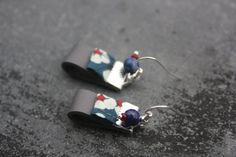 Sacha boucles d'oreilles en cuir gris par CabosseEtMelisse sur Etsy, €15.00