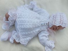 KNITTING PATTERN TO MAKE C*L*O*V*E*R 4 PIECE MATINEE SET FOR BABY OR REBORN DOLL