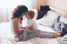 Genauso, wie wir unsere Kinder erziehen und ihnen alles beibringen, sollten wir eigentlich uns als Eltern erziehen. Auch das Elternsein muss man lernen. Leider gibt es dafür keinen Kurs. Sicher macht man intuitiv vieles richtig. Aber niemand ist von Tag eins an eine perfekte Mutter. Undirgendwie wird man das Gefühl nicht los, dass man komplett …