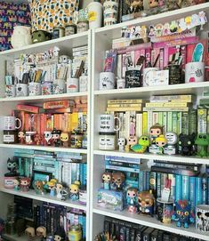 I think I need to break my bookmark collection into smaller groups and place in mugs on each side of the shelves! Library Room, Dream Library, Funko Pop Display, Bookshelf Inspiration, Bookshelf Organization, Home Libraries, Beautiful Book Covers, Book Aesthetic, Book Nooks