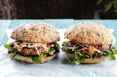 Asian Slaw Burgers - Make delicious beef recipes easy, for any occasion Asian Slaw, Oyster Sauce, Fish Sauce, Salmon Burgers, Oysters, Food Styling, Beef Recipes, Hamburger, Cheer