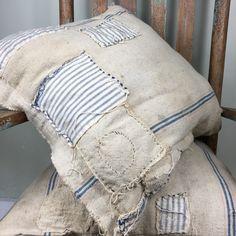 Ticking Fabric, Burlap Fabric, Ticking Stripe, Primitive Bedroom, Primitive Homes, Primitive Antiques, Primitive Country, Decoration Shabby, Memory Pillows