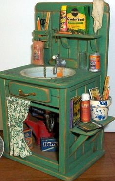 Shed Sink inch dollhouse scale) FAVORITE! Love her stuff, she is a NH artisan. potting shed sink, Marquis Miniatures on etsyFAVORITE! Love her stuff, she is a NH artisan. potting shed sink, Marquis Miniatures on etsy