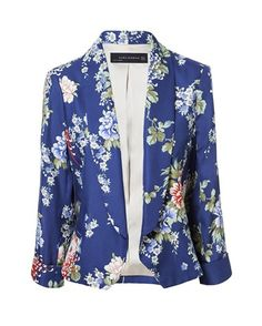 Lucy Mecklenburgh's Zara Blue & Multicoloured All Over Oriental Floral Print Cropped Tailored Buttonless Blazer Jacket & Matching Slim Leg Ankle Grazer Trousers Zara Blazer, Cropped Blazer, Printed Blazer, Blazer Jacket, Line Jackets, Zara Jackets, Outerwear Jackets, Blazers For Women, Suits For Women