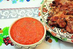 Sos de ardei copti cu usturoi Romanian Food, Romanian Recipes, Vegetarian Recipes, Brunch, Good Food, Favorite Recipes, Beef, Ethnic Recipes, Canning