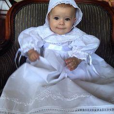 Coisa mais linda de mandrião em renda Renascença Maison Baby!!  #maisonbaby #mandrião #batizado #rendarenascenca