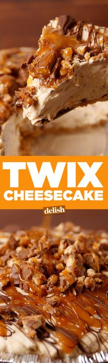 Cheesecake You don't even have to like Twix to love this Twix Cheesecake.You don't even have to like Twix to love this Twix Cheesecake. No Bake Desserts, Just Desserts, Delicious Desserts, Dessert Recipes, Yummy Food, Twix Cheesecake Recipe, Chocolate Caramel Cheesecake, Twix Chocolate, Easy Cheesecake Recipes
