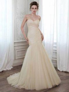 maggie-sottero-wedding-dresses-spring-34-10022015-km