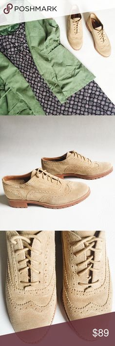 ▪️ SALE ▪️Sperry Ashbury Suede Oxford Shoes Sperry Ashbury Suede Oxford in a neutral sand colored suede featuring delicate wingtip design.  Wear with a crisp white button down for an ultra preppy look!  NWOT, never worn!  Original box not included.  ▪️SALE! $89 marked down to $79▪️ Sperry Top-Sider Shoes