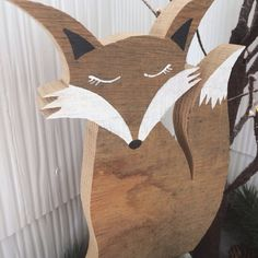 This listing is for one hand-cut reclaimed wood fox with acrylic painted detail. It stands by itself and is perfect for a desk, shelf, coffee table, counter, mantle, anywhere really! And for the price it also makes a great gift! I currently have several in stock, but they are also made to order. These foxes are made from a variety of reclaimed wood, therefore understand that as they are generally made to order, there will be wood variation and different types used. The foxes pictured are cut…