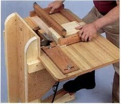 19 Box Joint Jig Plans: Finger Joints on the Table Saw and Router |