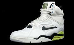 hot sale online b805c 86532 Endorsed by the likes of David Robinson and Billy Hoyle, the Nike Air  Command Force is a flashy shoe favored by the fundamental.