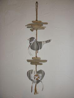 Décoration, bois flotté, oiseau et coeur en toile à matelas blanche et grise : Accessoires de maison par joce06-bois-flotte
