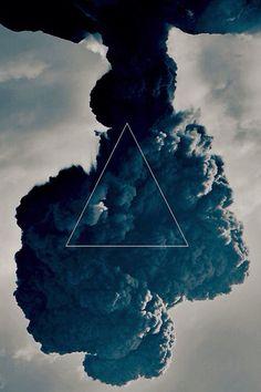 ▶ Wallpaper Triangle