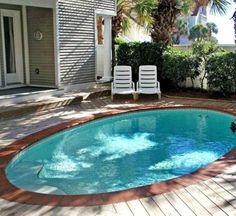 Best Small Pool Ideas For A Small Backyard 08 - TOPARCHITECTURE