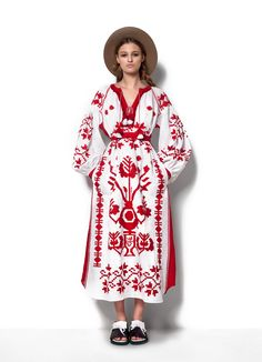 Your Favorite Bohemian Garb Is Actually Traditional Ukrainian Costume - Photo: Courtesy of VitaKin Kilimi