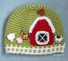 Repeat Crafter Me: Crochet Farm Hat with Picket Fence Border
