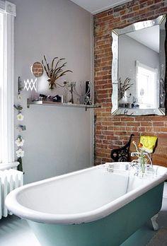É o sonho de muita gente ter uma banheira, o problema é espaço! Para os que tem esse sonho, aqui tem algumas ideias!