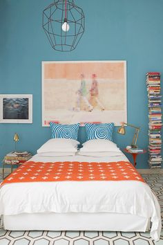 From turquoise to teal and blue   Photo by Richard Powers via Homelife.