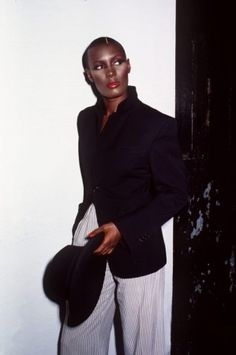 Jamaican fashion model, actor, and singer Grace Jones, United States, photograph by Adrian Boot. Grace Jones, Xiao Li, Kenzo, Style And Grace, My Style, Jamaica, Vintage Black Glamour, Blazers, Provocateur