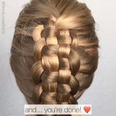 wedding hairstyles videos Zipper braid By: annalovesbraids Hairstyles With Glasses, Short Hairstyles For Thick Hair, Braids For Long Hair, Box Braids, Hairstyles For Seniors, Girl Hairstyles, Braided Hairstyles, Hairstyles Videos, Wedding Hairstyles