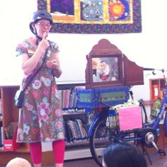 May, 2014 - Erica doing a Kamishibai story (The Old Man & the Mice) at Rockridge Branch.