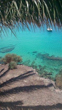 Teniendo esta maravillosa playa aquí, ¿para que quieres irte al caribe?. Otro día fantástico en la playa de La Cebada en Morro Jable.  Fotos de Juan Carlos Peña Santana
