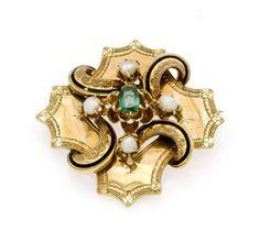 Orientperlen-Smaragd-Email-Brosche Schaumgold, ca. 1890 mit einem feinen fac. Smaragd 5 mmin guter F — Schmuck