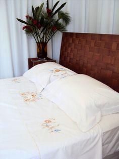 Roupa de cama bordado rechilieu colorido!