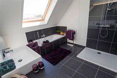 schuin dak google search more bathroom design badkamer schuin dak ...