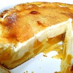 """Award Winning Peaches and Cream Pie 