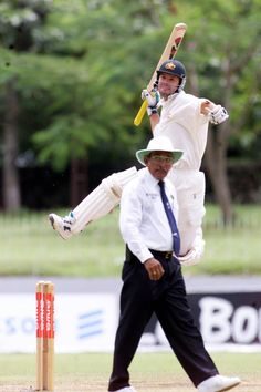 Punter reaches yet another ton