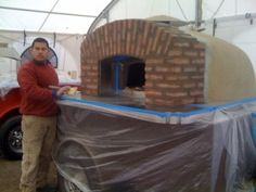 Pizza Tonight catering with a a trailer-based Forno Bravo oven