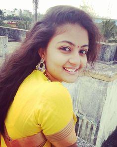 Beautiful Girl Indian, Beautiful Girl Image, Beautiful Indian Actress, Beautiful Women, Cute Girl Image, Beautiful Housewife, Girl Number For Friendship, Rani Mukerji, Lovely Smile