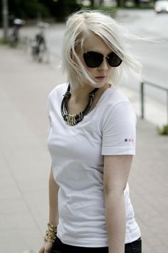 fanfieber anna frost fashionpuppe Feinsinn Shirt miu miu sunglasses