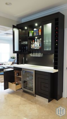 painting Colors Counter Tops - MindBlowing Kitchen Bar Ideas Modern and Functional Kitchen Bar Designs Grey Kitchens, Cool Kitchens, Canto Bar, Kitchen Bar Design, Bar Counter Design, Kitchen Designs, White Counters, White Cabinets, Grey Cupboards