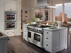 The iconic line of cooking, cleaning, refrigeration and ventilation products remains committed to empowering culinary enthusiasts. http://www.lacuisineinternational.com/Thermador-s/1872.htm