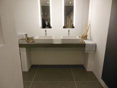 luxe badkamer met ruime douche en grote wastafelcombinatie | for, Badkamer