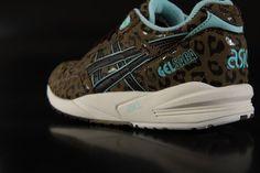 Asics Gel Saga Sneaker Light Brown Dark Brown H487Y