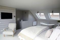 Loft conversion master bedroom with en-suite